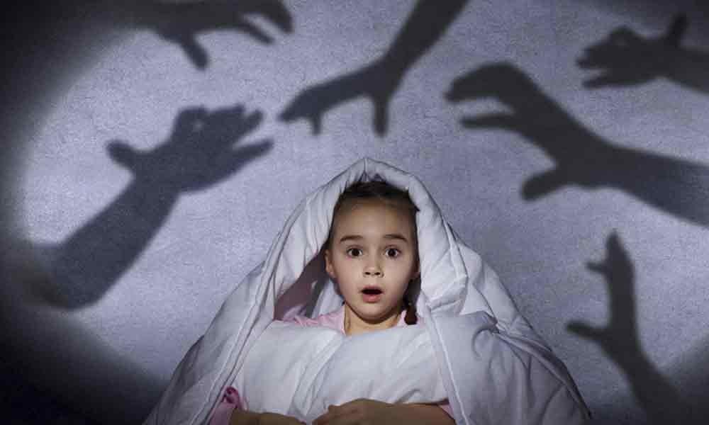 غلبه بر ترس از تاریکی در کودکان