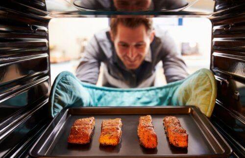 سه مدل غذا با ماهی آزاد