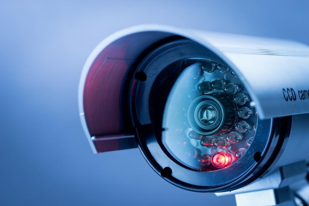آیا برای نصب دوربین مدار بسته مجوز لازم است؟