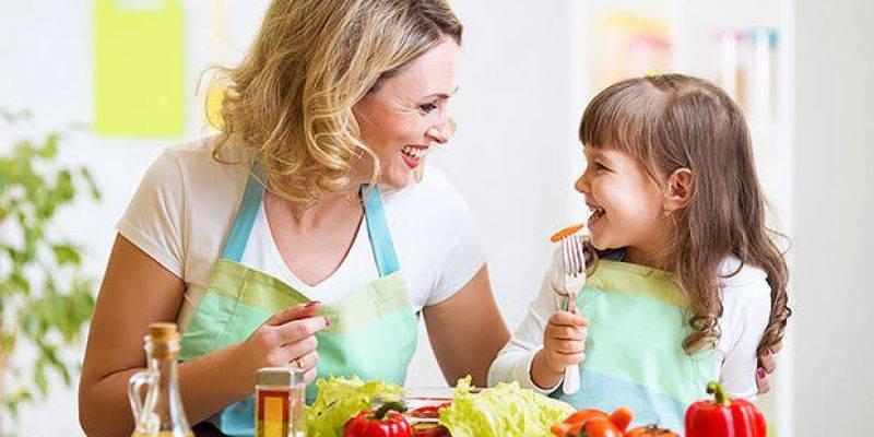 تاثیر والدین بر تغذیه کودک و خطر ابتلا به چاقی