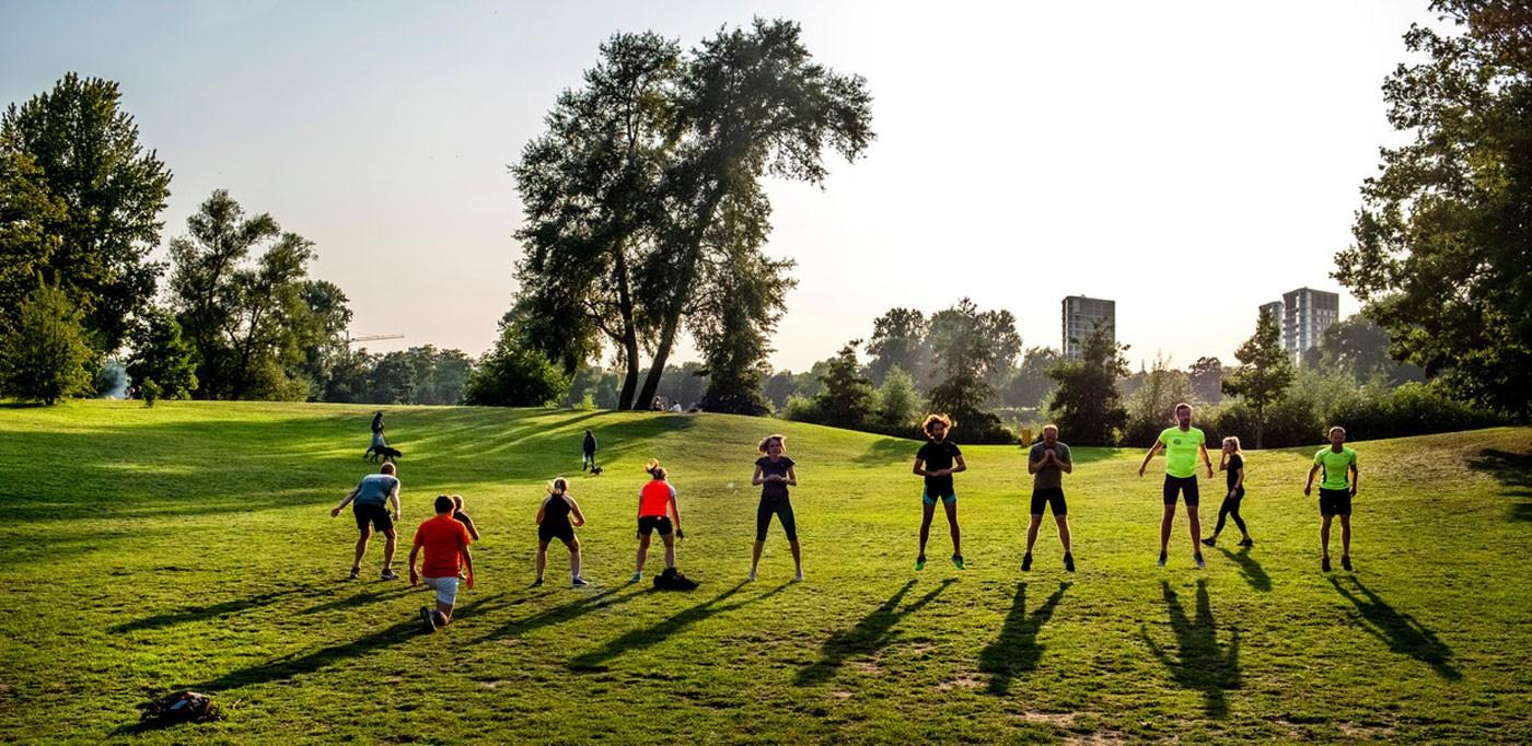 بهترین تمرینات برای ورزش در پارک