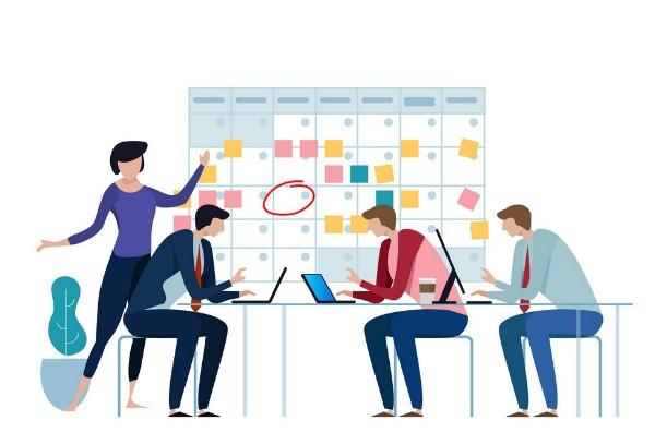 کدامیک برای استارتاپها مناسب تر است: انتخاب رهبر از داخل تیم یا استخدام آن؟