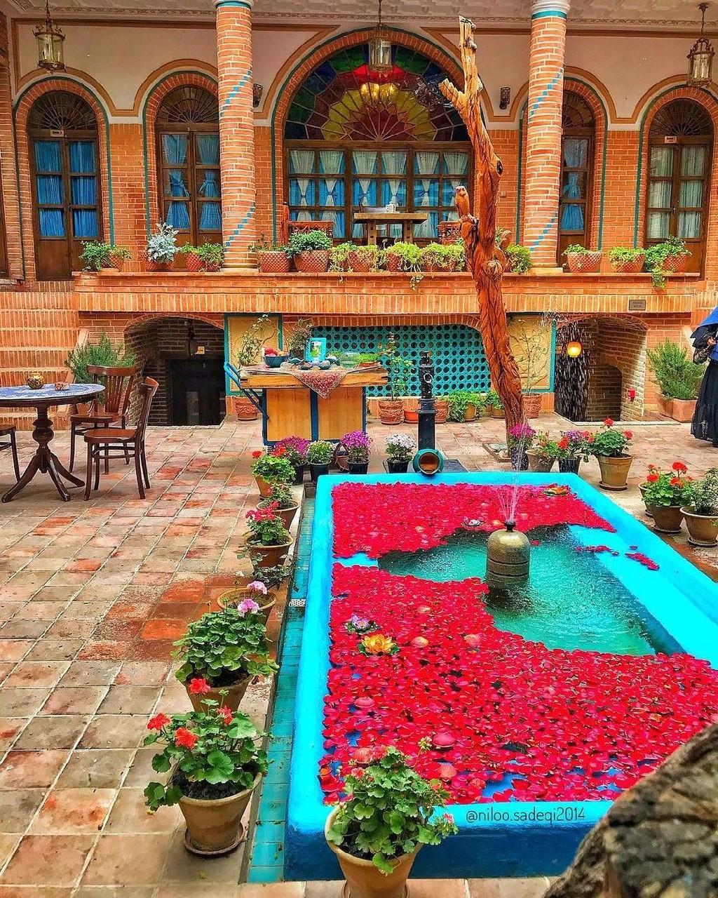خانه تاریخی پهلوان رزاز