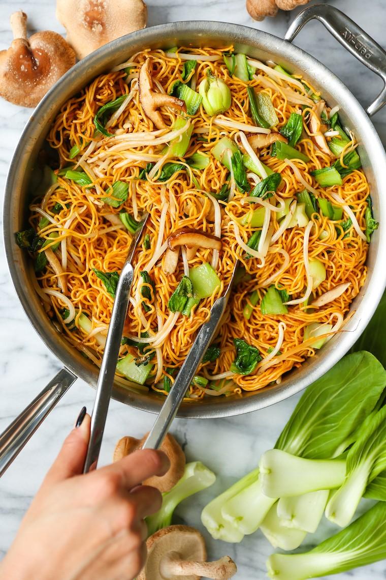 طرز تهیه غذای چینی ماکارونی چو مای