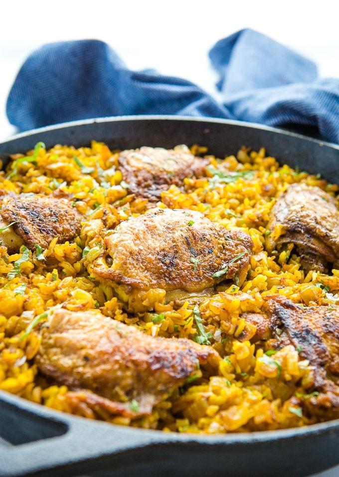طرز تهیه مرغ با برنج زردچوبه ایی