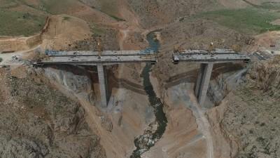 کاهش 150 کیلومتری جاده ی شیراز اصفهان