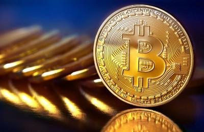 ارز بیت کوین چیست و چگونه باید از آن استفاده کرد؟
