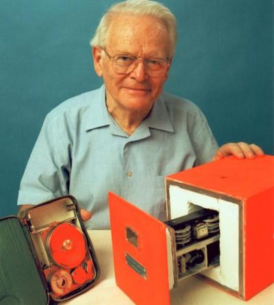 دیوید وارن - مخترع جعبه سیاه ضبط کننده پرواز