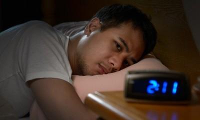 چگونگی غلبه بر بی خوابی و اضطراب