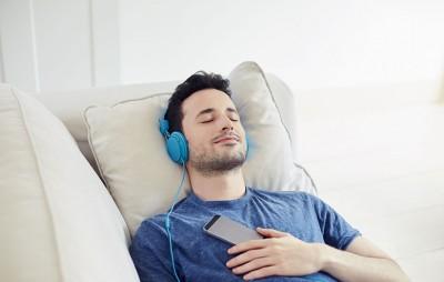 ۱۰ فایده شگفتانگیز موسیقی از نظر روانشناسی
