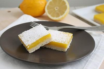 شیرینی دسر لیمویی