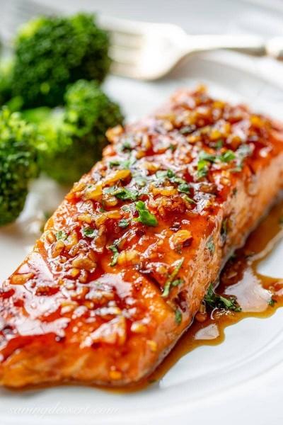 دستورالعمل ماهی قزل آلا با سس تند عسلی