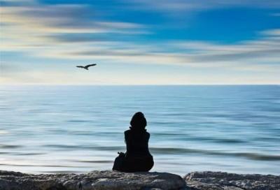 سکوت نشانه ی آرامش یا تظاهر به آرامش
