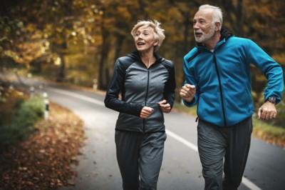 ورزش و سالمندان: مزایا وفعالیت های ورزشی