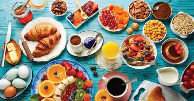 چه خوراکی هایی را برای وعده صبحانه نباید بخوریم؟