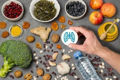 مواد غذایی که در مبارزه با آسم کمک میکنند