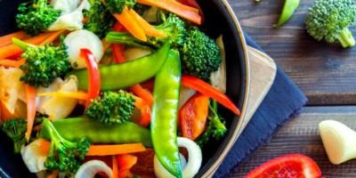  منابع گیاهی پروتئین ها در گیاهخواری - دکتر زرین آذر