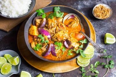 آشنایی با غذاهای لذیذ و خوشمزه جهان