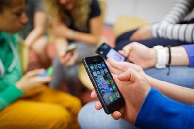 می دانید معتاد رسانه اجتماعی هستید؟