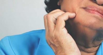 چه عواملی باعث ایجاد سوزن شدن در صورت می شود؟