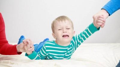 چگونه با کودک سمج خود رفتار کنید؟ - حتما بخوانید!!