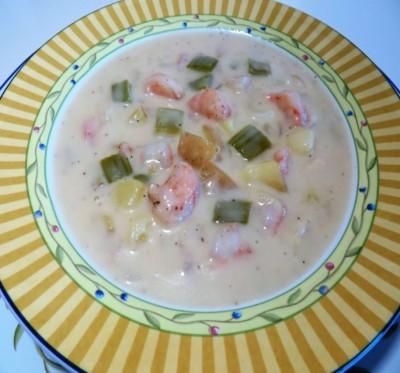 دستور تهیه سوپ میگو با سس سفید