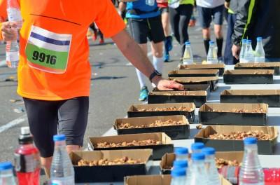 انتخاب رژیم غذایی سالم برای دو ماراتن