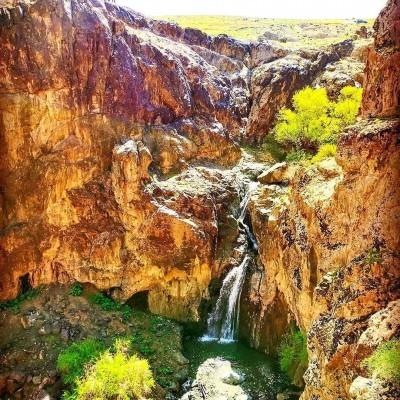 آبشار و دره زیبای روستای خاوه - قم