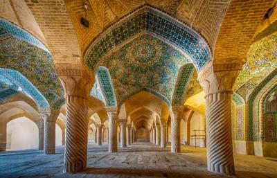 جاذبه گردشگری و تاریخچه مسجد وکیل شیراز