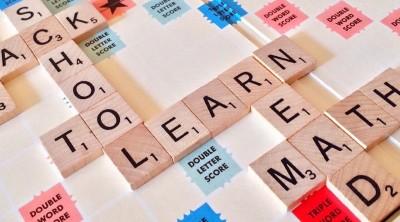 آشنایی با ۵ بازی رومیزی برای آموزش زبان انگلیسی