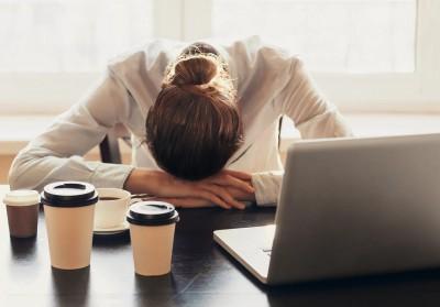 چند اشتباه در سبک زندگی که ما را دچار نگرانی و اضطراب میکند