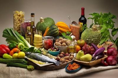 مواد غذایی سالم حاوی مقدار مناسبی پروتئین