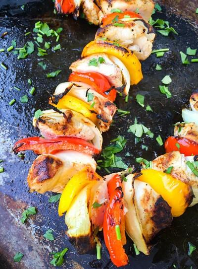 طرز تهیه کباب مرغ با سیر لیمویی