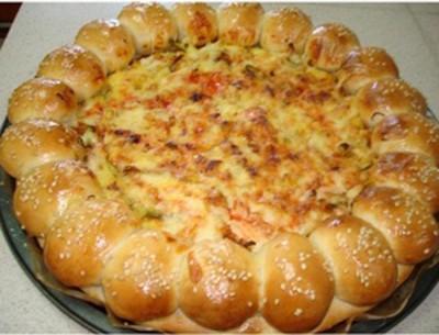 طرز تهیه خمیر پیتزا و سس مخصوص پیتزا