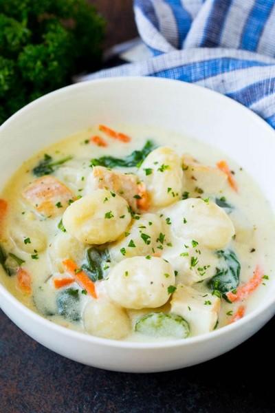 طرز تهیه سوپ گنوکی با مرغ