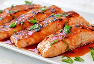 طرز تهیه ماهی آزاد کبابی با سس شیرین چیلی تایلندی
