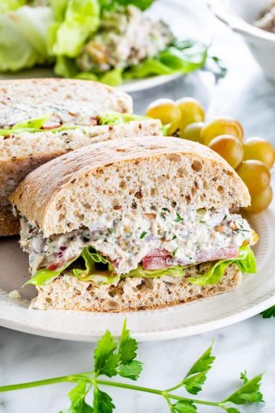 طرز تهیه ساندویچ و اسنک با آبزیان دریایی
