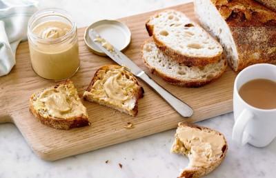 نان نارگیل و بادام