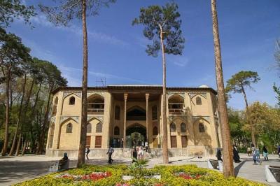 مکانهای دیدنی - کاخ هشت بهشت اصفهان