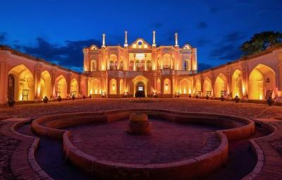 مکانهای دیدنی - باغ فتح آباد کرمان