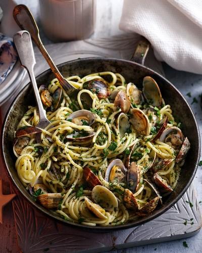 طرز تهیه  اسپاگتی کلاسیک ایتالیایی با صدف