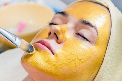 ماسک زردچوبه برای درمان جای زخم