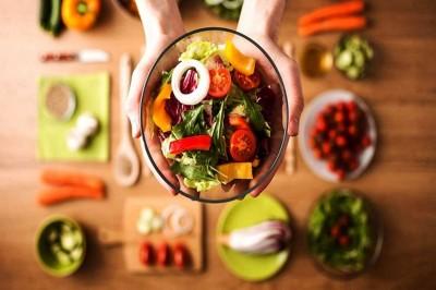 عادات مصرفی که منجر به چاقی می شوند