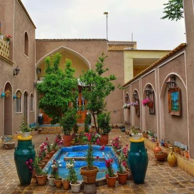 اقامتگاه بومگردی صالحی - اصفهان