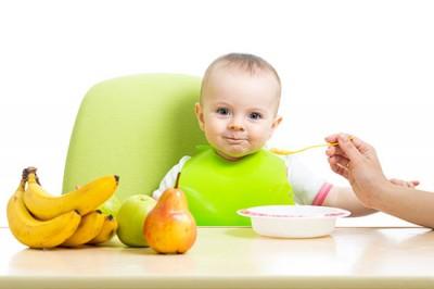 غذاهایی که نباید به کودک 9 ماهه بدهید