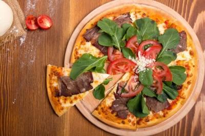 طرز تهیه پیتزای استیک دودی